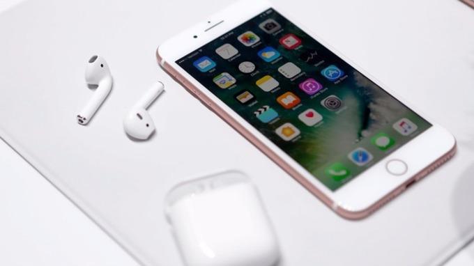 iPhone 7 i iPhone 7 Plus